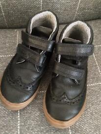 Kids marks and spencer boys boots size 9