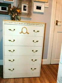 Beautiful vintage 1950s/1960s chest of drawers cream