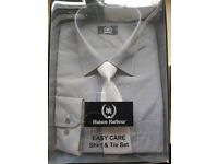 Men's Hutson Harbour HH blue/grey checked shirt with tie, new in box with label, 16.5'' easycare