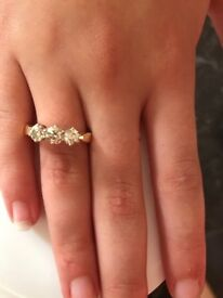 Unwanted engagement 9ct gold 3 diamond ring