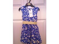 M&S girls (2-3 yr) dress. Unworn - label attached.