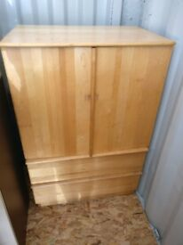 Wooden dresser with 2 lower drawers