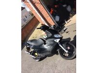 Gilera runner 172 cc new shape black carbon wrapped