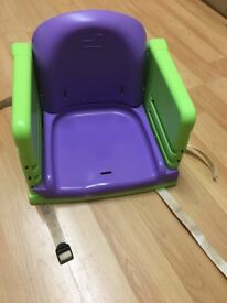 Highchair for dining table