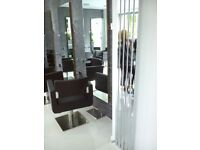 Beauty room or chair to rent