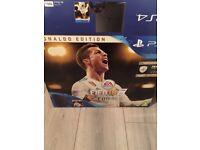 PS4 box and fifa 18