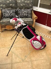 Ladies golf clubs Bag And shoes used once Bargain.
