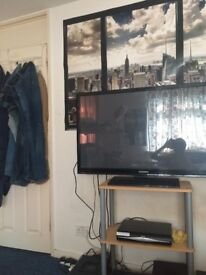 LARGE DOUBLE ROOM IN SHARED HOUSE NEAR UNI., EXCELLENT VALUE £495,