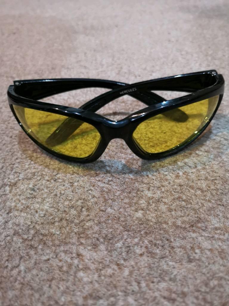 23c4cc59fbf4 Hercules bikers sunglasses