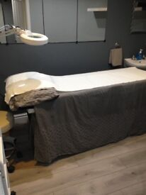 Beauty room to rent and nail desk.