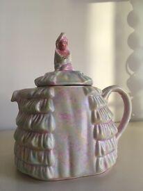 Sadler Daintee Laydee tea pot