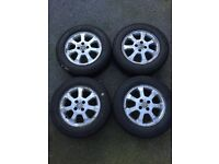 4 stud wheels with winter tyres