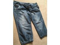 Ladies cropped jeans size 16 never worn