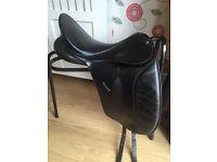 "Black Bates Caprilli Dressage Saddle 17.5"""