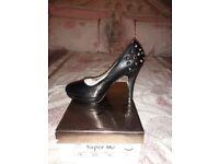 Ladies High Heel Shoes