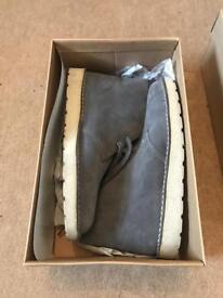 Clarks men's shoes boxed size 8.5 UK £30