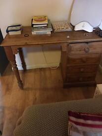 Solid oak 4 draw desk