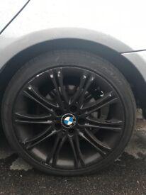 4 BMW 3 series wheels R18.