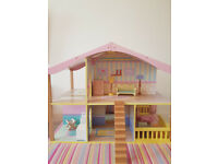 Dolls House,Peppa pig house,childs dolls house