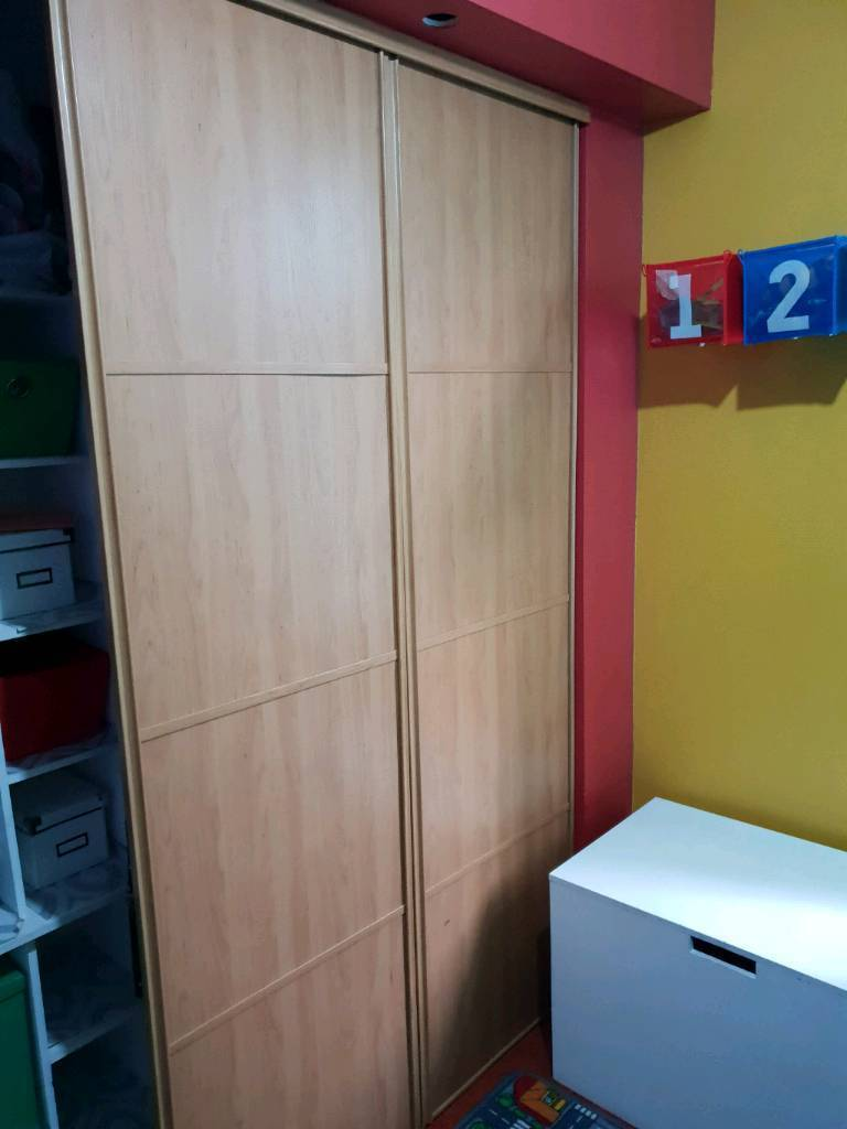 the best attitude 457e9 a6b1e WICKES STANLEY SLIDING WARDROBES WITH RAILS OAK EFFECT   in Sheffield,  South Yorkshire   Gumtree