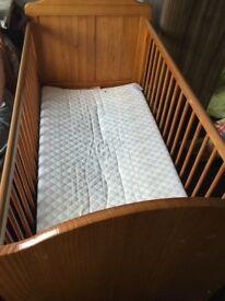 Mothercare cot bed and mattress joblot £35 new condition