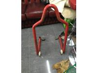 Motorcycle paddock stand/ manual lift for wheel removal/service