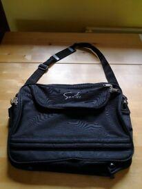 Black messenger bag / luggage / laptop case £4