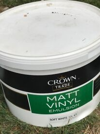 Two 10 liter tubs white crown emulsion