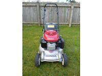 Honda Izzy petrol lawnmower