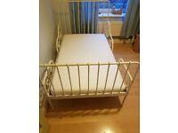 Childs extendable bed inc mattress