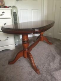 Coffee table and matching lamp table in Cherry wood