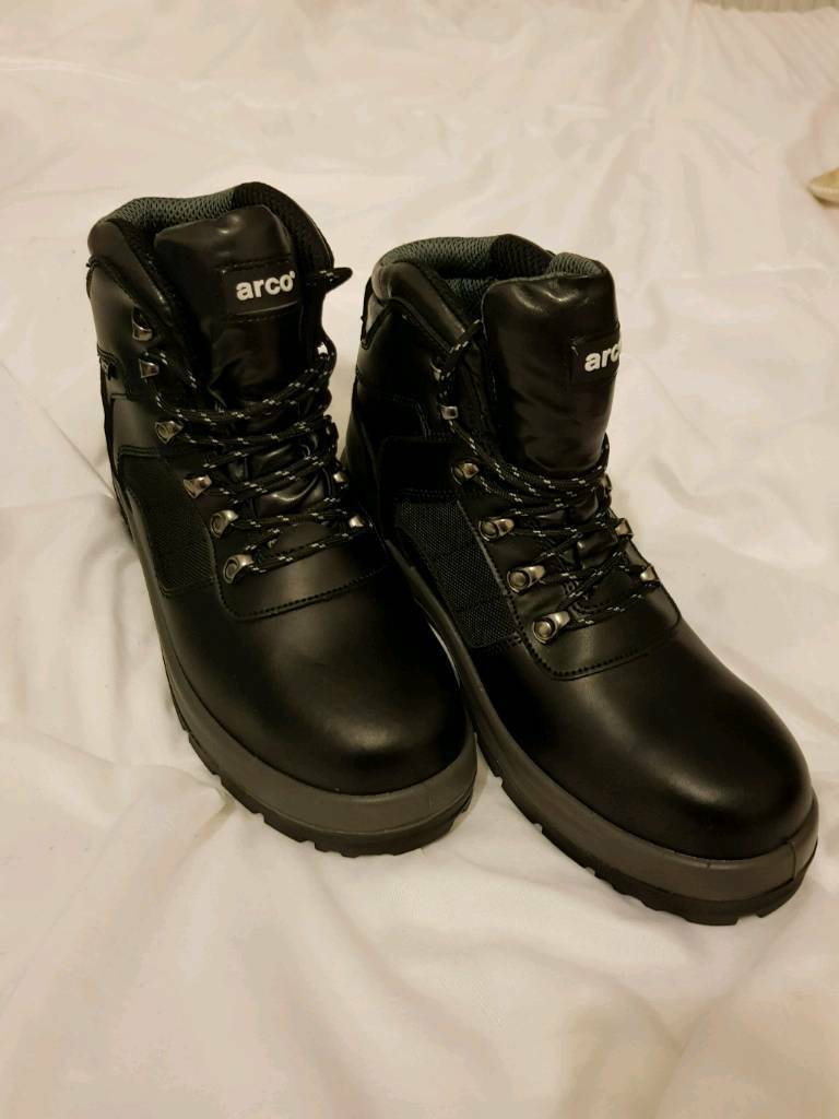 8356aaa5c09 ARCO Safety Boots. Size 10. Brand New in box. | in Wallsend, Tyne and Wear  | Gumtree