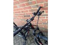 Specialized hardrock 2016 bike great condition (not giant not Carrera)