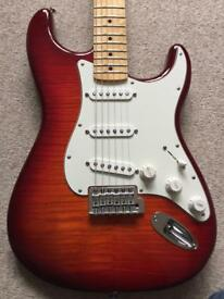 Fender Standard Stratocaster Plus Top M/N Aged Cherry Burst