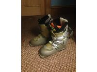 Women's SALOMON Ski Boots UK 5
