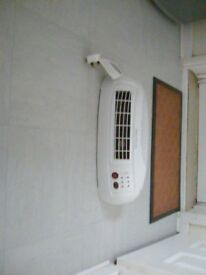Heater remote controlled 2kwelectric fan heater 2 settings timer wall mounted, floor table standing