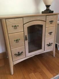 STEREO DISPLAY STORAGE UNIT/SIDE TABLE