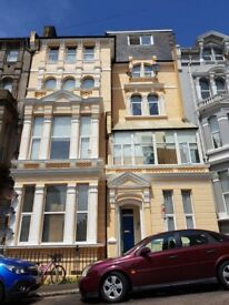 Penthouse flat; direct private lift access in trendy St Leonards 0n Sea, 1 hr 20 to central London