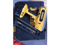 DeWALT DC618 Finishing nail gun