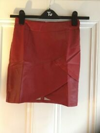 Leather Look skirt size small (8)