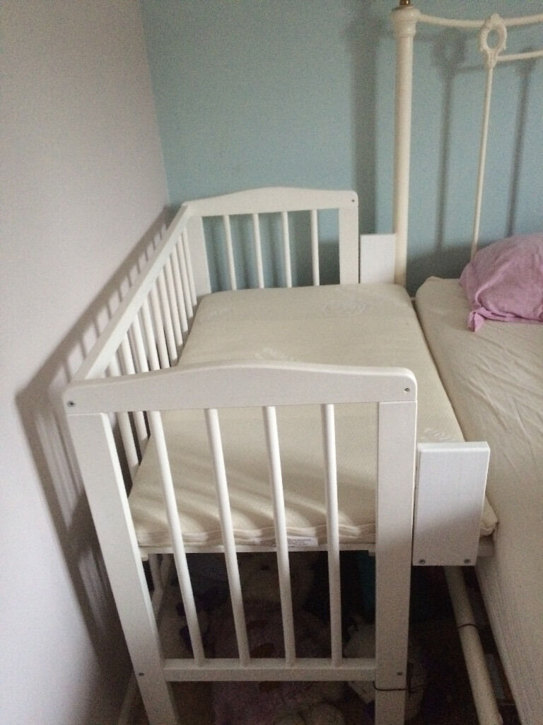 Waldin baby bedside cot in white co sleeping cot including organic mattress
