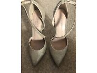 Carvela heels size 6