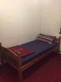 ROOM TO RENT FULLY FURNISHED