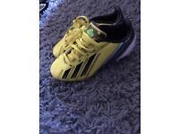 Boys adidas footy trainers 9.5