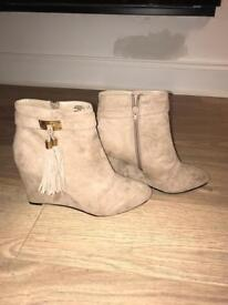 River island wedge boots