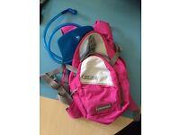 CAMELBAK mini m.u.l.e pink/grey/white 1.5Lbladder