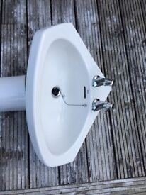 Bathroom corner sink, pedestal and taps Roca