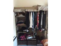 Easy wardrobe