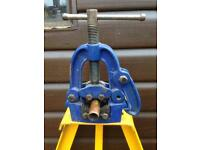 Irwin Pipe Holder and stand plumbing Pipe