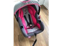 Mini mouse Car seat ages 0 - approx 15months
